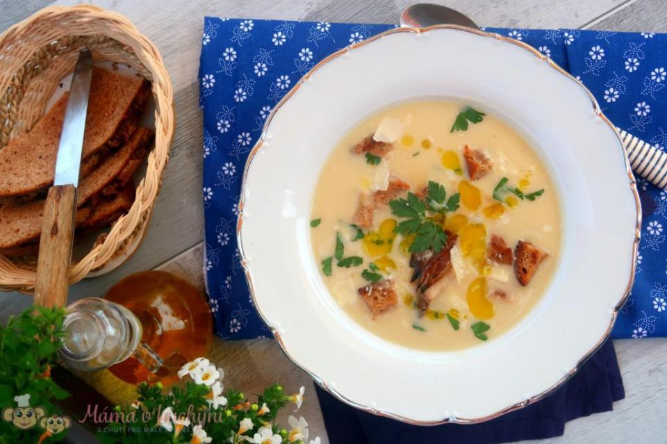 Bramborová krémová polévka pro děti od 6 měsíců