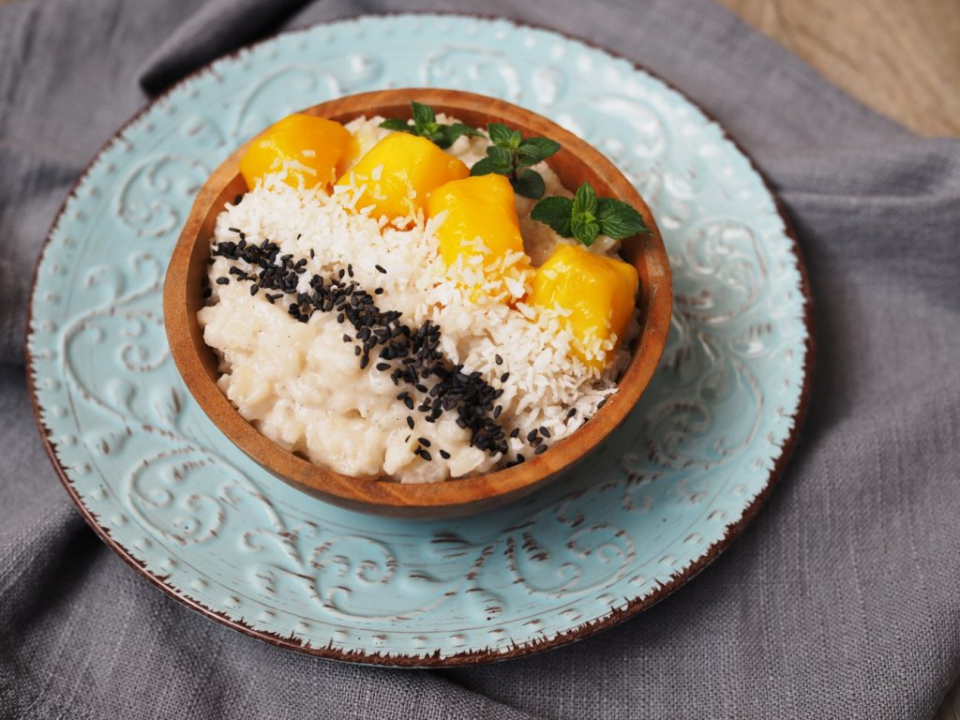 Mléčná rýže s mangem