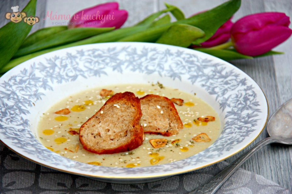 Fenyklovo-bramborová krémová polévka pro děti od 6 měsíců