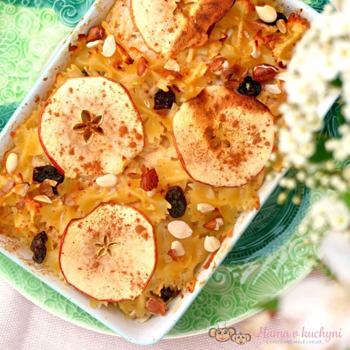 Zapečené těstoviny s tvarohem a jablky pro děti od 1 roku